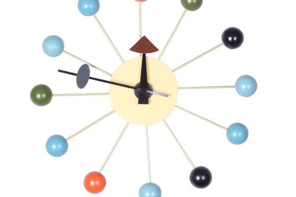 Часы Ball купить в салоне-студии мебели Барселона mnogospalen.ru много спален мебель Италии классические современные
